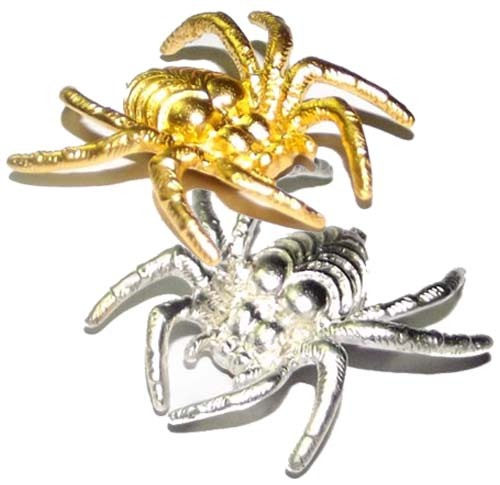 These spider amulets are empowered to attract, reel in, and keep money and treasures that float by as opportunities, and draws wealth and treasured items into your possession.